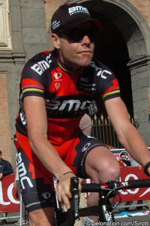 Photo: Cadel Evans' strong Giro d'Italia performance has led to a vote of confidence.